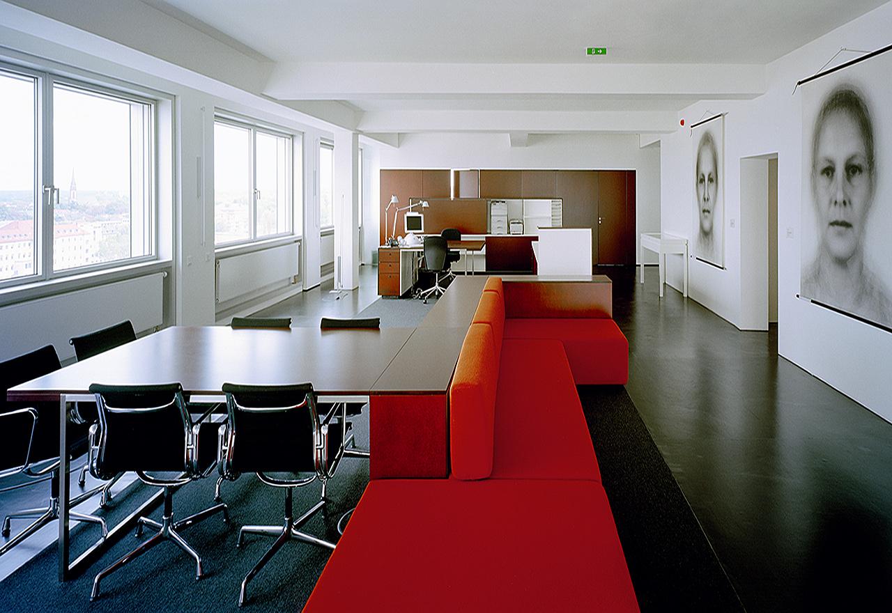 Büro S